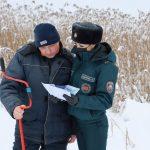 Работники Узденского РОЧС провели профилактику среди рыбаков